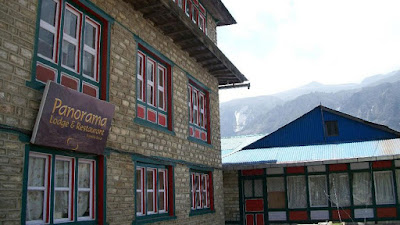 Panorama lodge and restaurant hotels in Nepal near mount Everest
