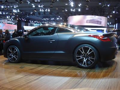 Peugeot RCZ R Concept in Paris