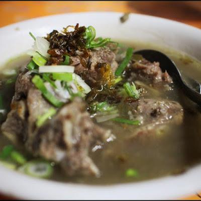 Kuliner Indonesia - Soto Rusuk Ba Ko Petrus