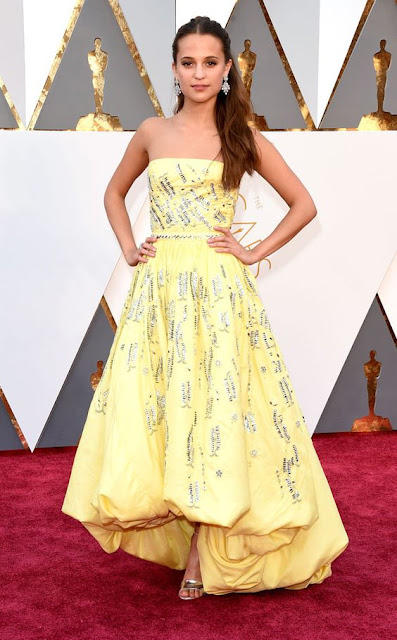 Alicia Vikander in a Louis Vuitton dress at the Oscars 2016