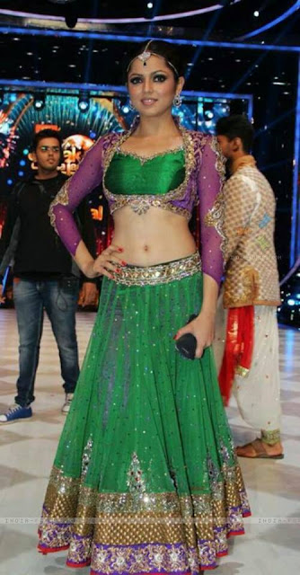 Drashti Dhami most sexy image collection ever