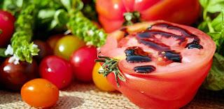 cara-membuat-sambal-tomat-terasi-pedas