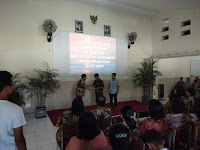 Babinsa Kodim 0735 Hadiri Acara Kelulusan SMA 1 Kristen Sidokare