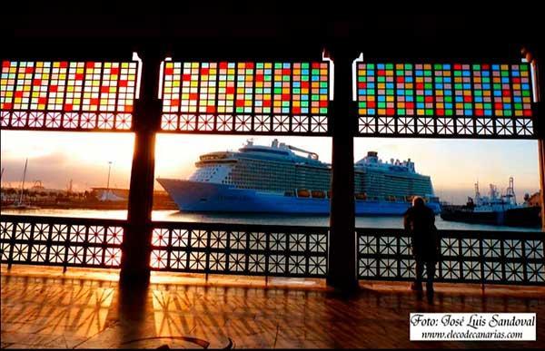 Estreno de escalas de cruceros, Carnaval Las Palmas de Gran Canaria 2019 / Foto: José Luis Sandoval