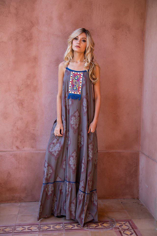 Moda vestidos primavera verano 2019. Ropa de moda mujer 2019.