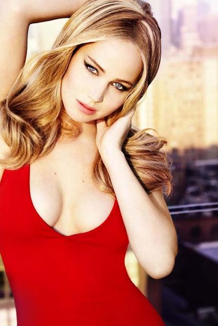 Jennifer Lawrence red hot