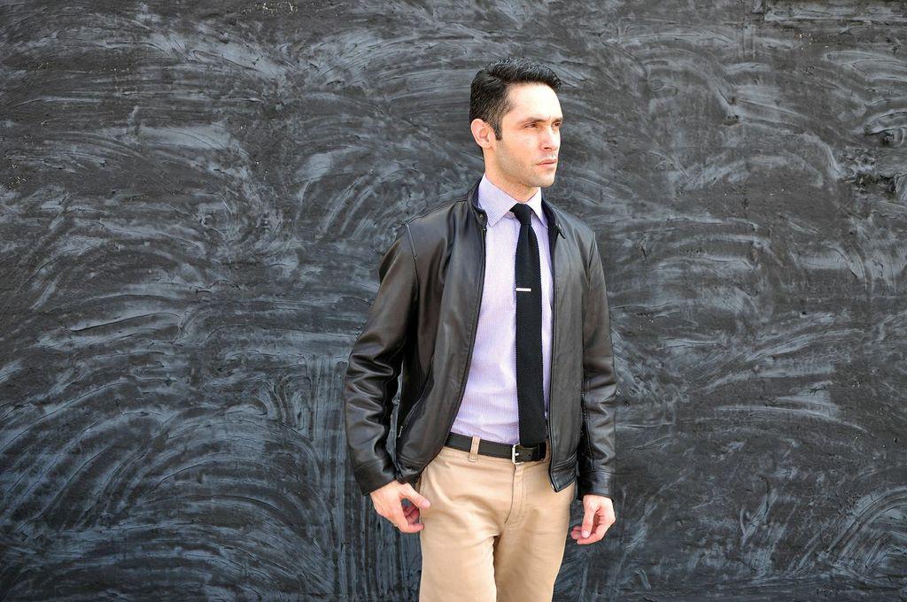 Adentro Style 3 Ways To Wear A Spread Collar Shirt