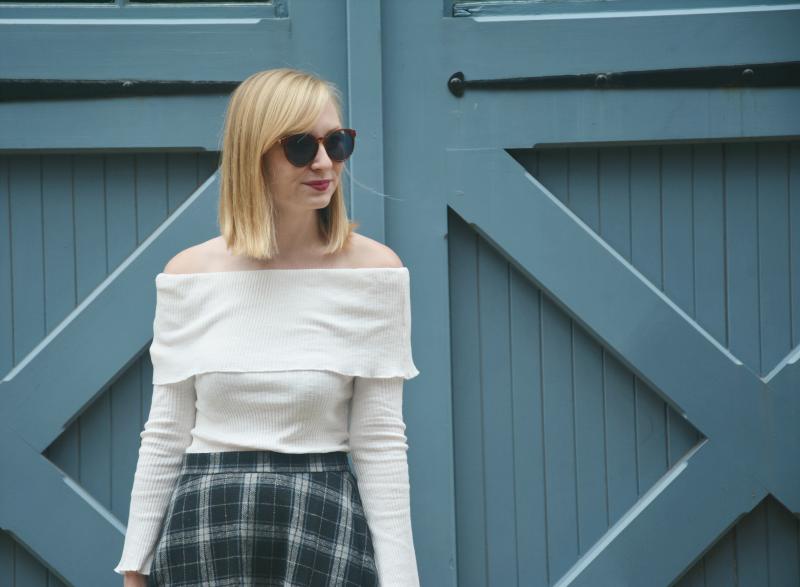 Wearing White in November | Organized Mess