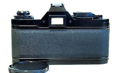 Canon AV-1, Back