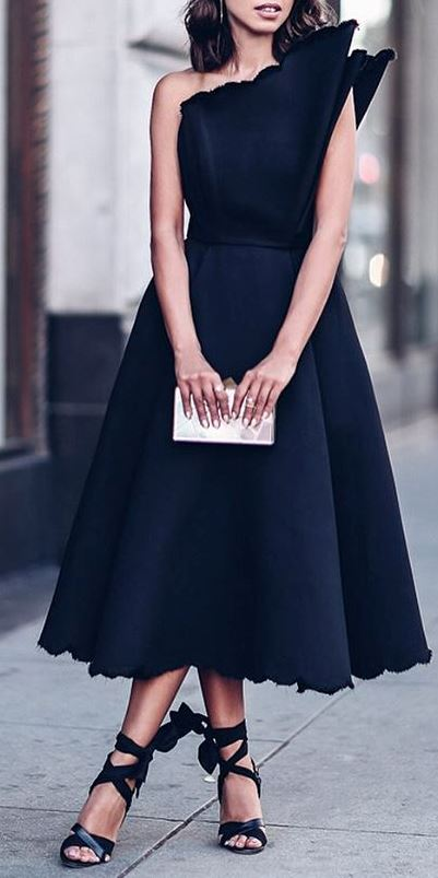 stylish outfit idea: maxi black dress + heels