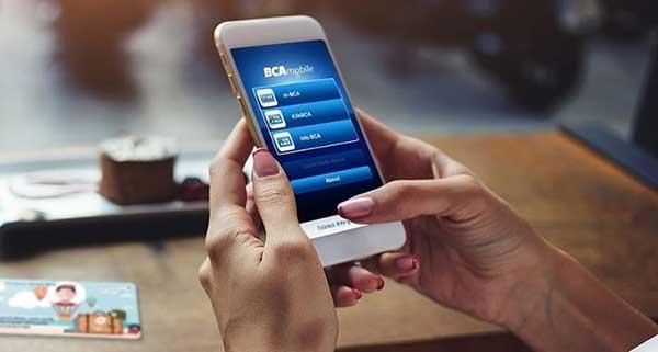 Apa Beda BCA Mobile Dengan KlikBCA