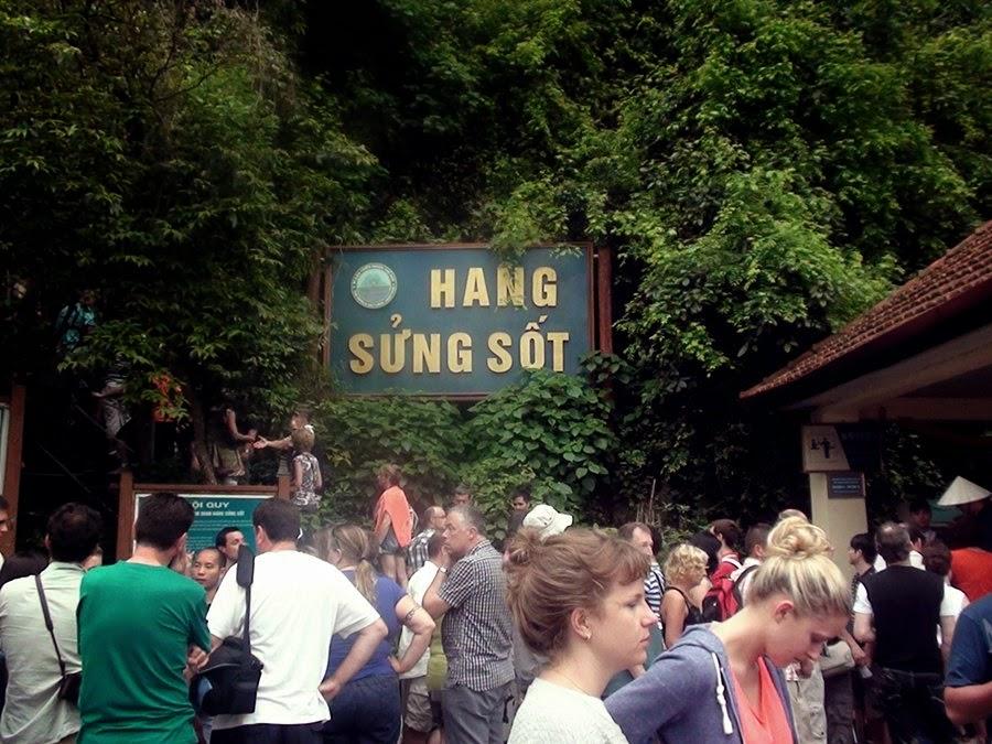 Halong Bay - Melawat Sung Sot Cave