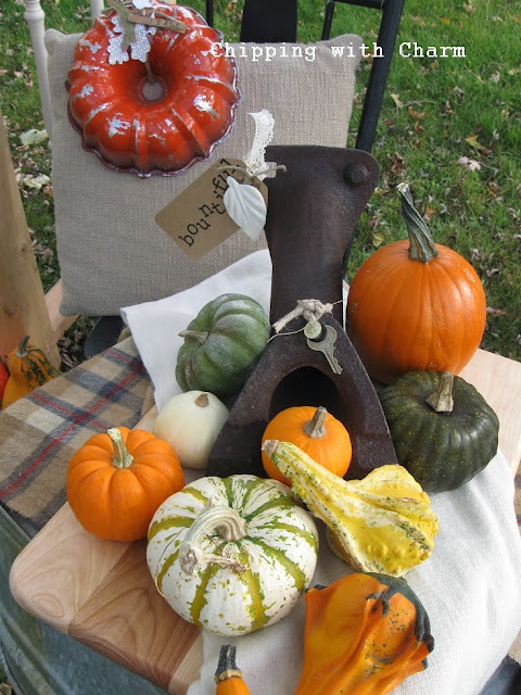 Chipping with Charm: Junky Cornucopia Fall Vignette http://chippingwithcharm.blogspot.com/