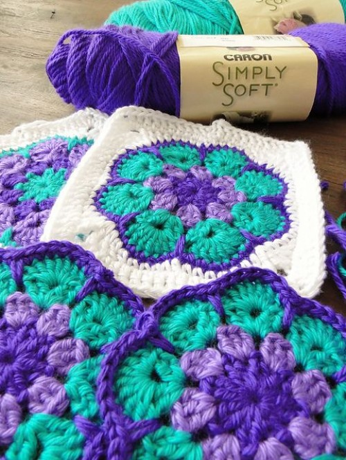 African Flower Square - Free Crochet Pattern