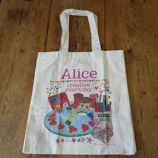 AliceDrawsTheLine :: Alice Palace bag