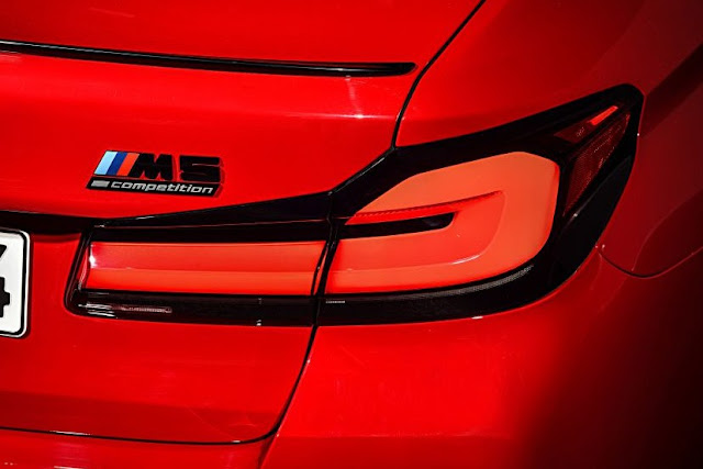bmw-m5-facelift-taillights-and-badge