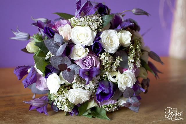 roses-by-claire-bouquet-de-mariee-romance-violette-1 Guest Book e Inviti per ospiti serali... realizzati per Maura e ManuelColore Lavanda Ortensie Partecipazioni con pietre Tema cuori