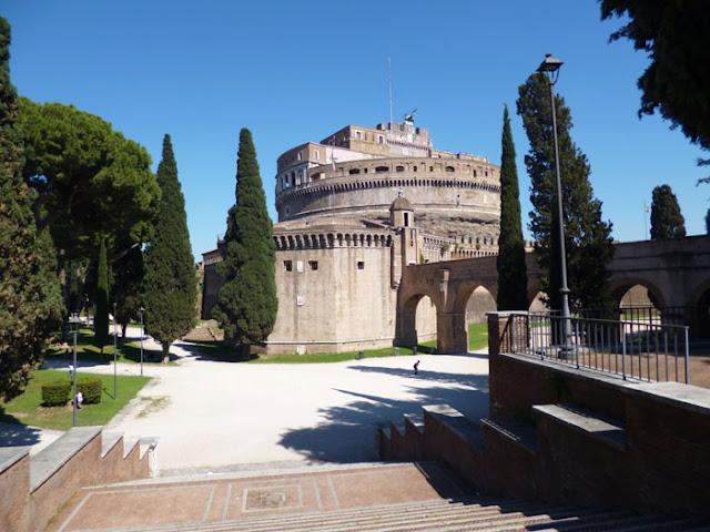 castelsantangelo dietro - Castel Sant'Angelo - arquitetura e história