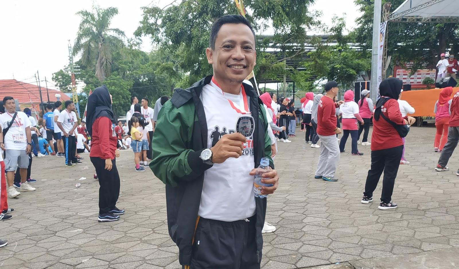 Sukseskan Pemilu, Andi Yuslim Ikut Lari Bersama Komisioner KPU   Bone