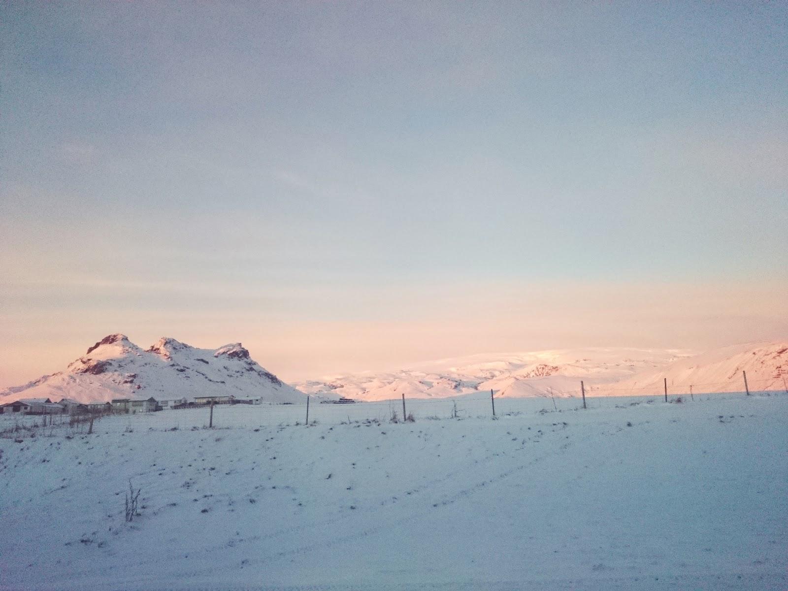 zimowe atrakcje Islandii, Islandia, krajobraz, zima, góra, lodowiec, śnieg