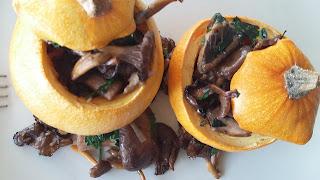 Courge pomme d'or farcie aux champignons