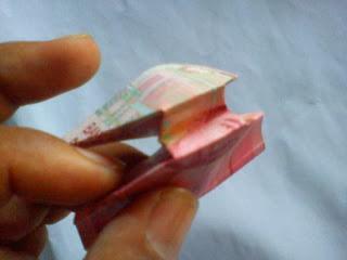 Image melipat uang kertas-2