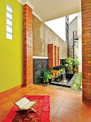 Desain Terbaru Mushola Minimalis Didalam Rumah Sederhana 1