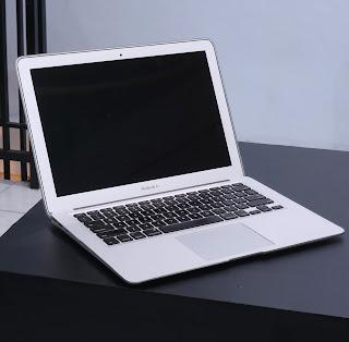 MacBook Air 13-inch Core i7 Bekas Di Malang
