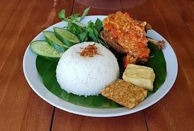 Jelajah Nusantara : 5 Rekomendasi Wisata Kuliner Pedas di Bandar Lampung yang Siap Menggoyang Lidah
