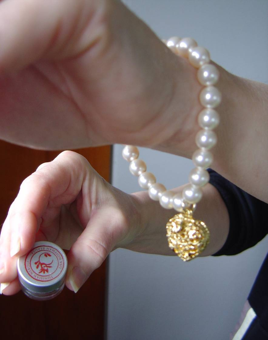 Swarovski ELEMENTS Pearl Bracelet.jpeg