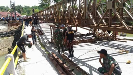 rangka jembatan bailey ciputrapinggan akhirnya berhasil dipasang