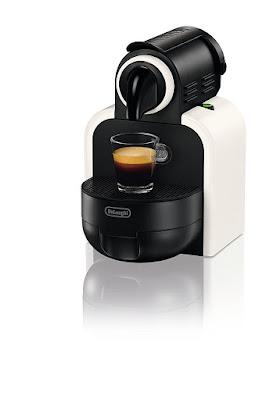 Nespresso Essenza EN97.W macchina per caffè espresso di De'Longhi