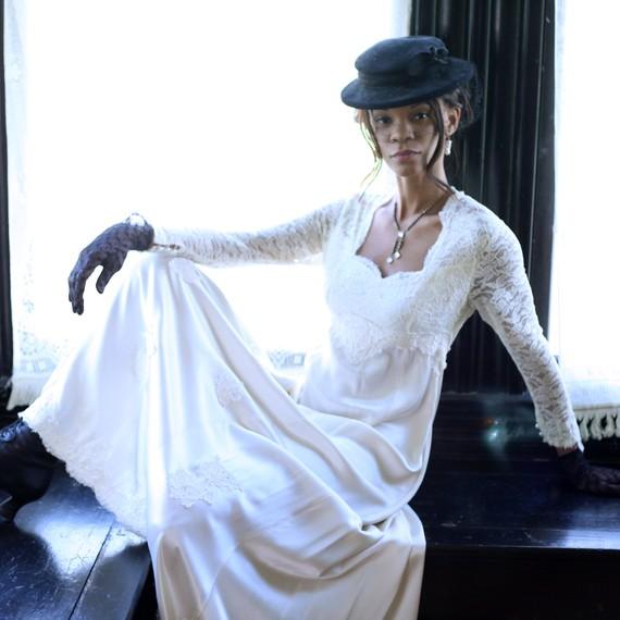 Steampunk Wedding Gowns: Steampunk Wedding Dresses Design Ideas In White