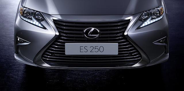 features unique spindle grille -  - Đánh giá sedan hạng sang Lexus ES 250 2016 : Tinh hoa của sự sang trọng