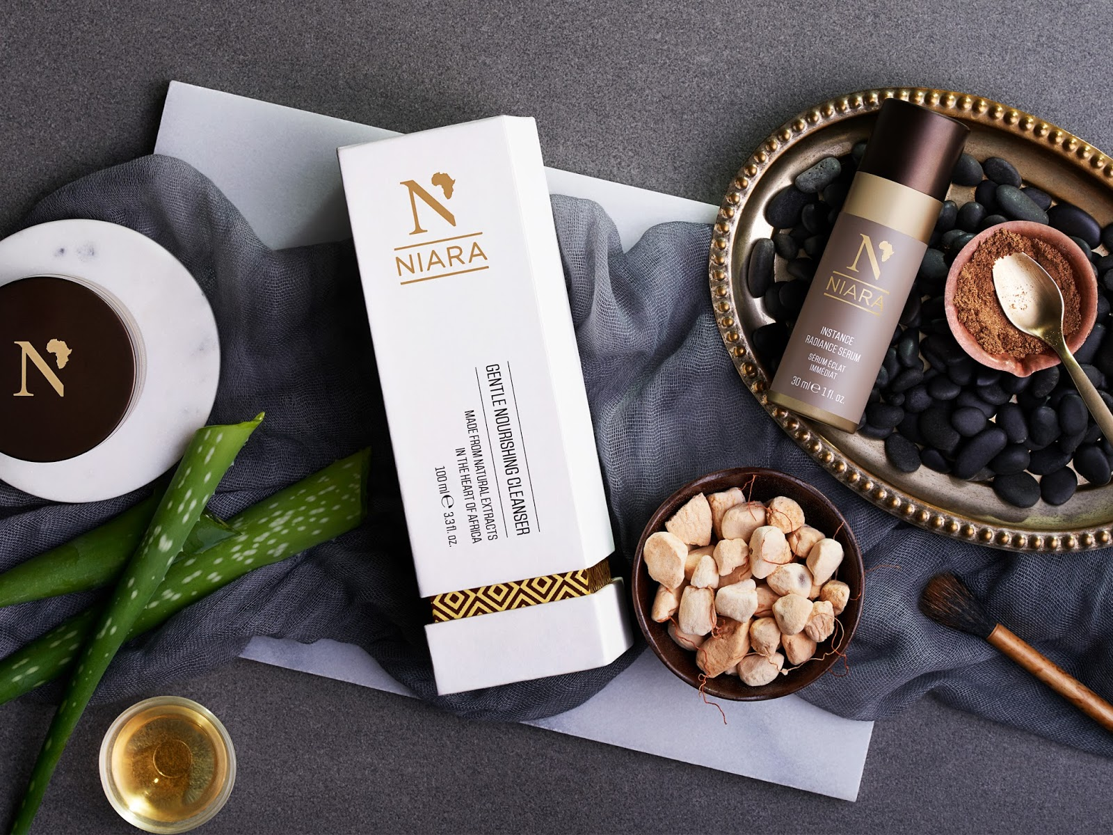Niara Skin Care on Packaging of the World - Creative Package Design