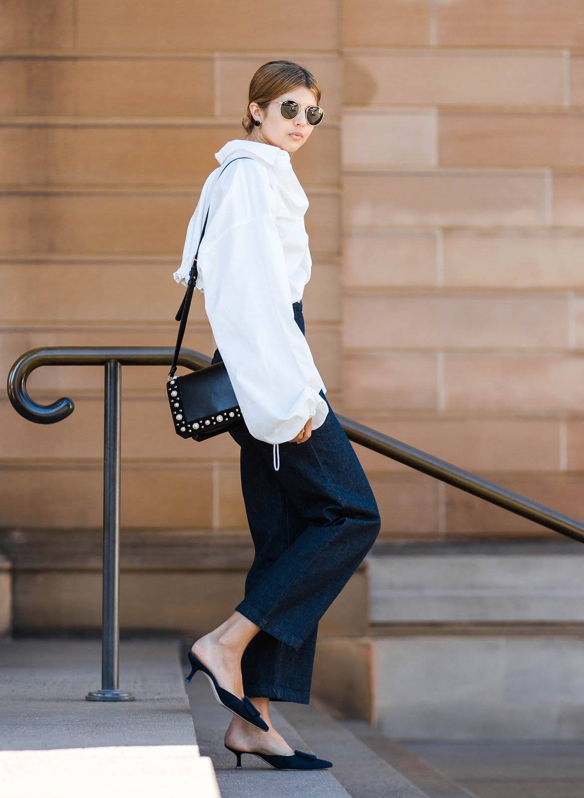 Fashion: A White Shirt and Jeans