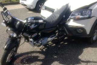 Acidente entre carro e moto deixa grávida ferida na BR-230