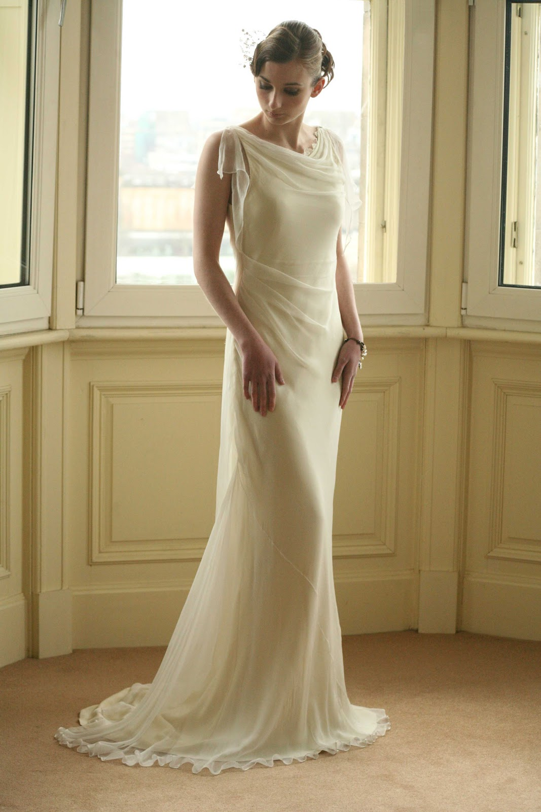 WhiteAzalea Simple Dresses Simple Chiffon Dresses Make a Cool Summer Wedding