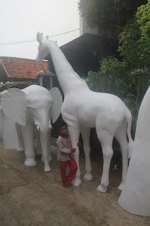 Jasa Pembuatan Patung Karakter Styrofoam Terbaik di Jakarta