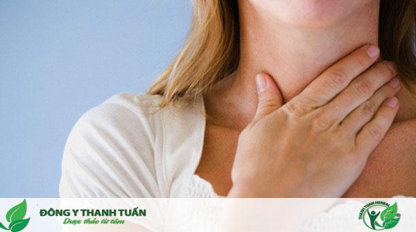 Viêm họng là một trong những nguyên nhân gây hôi miệng