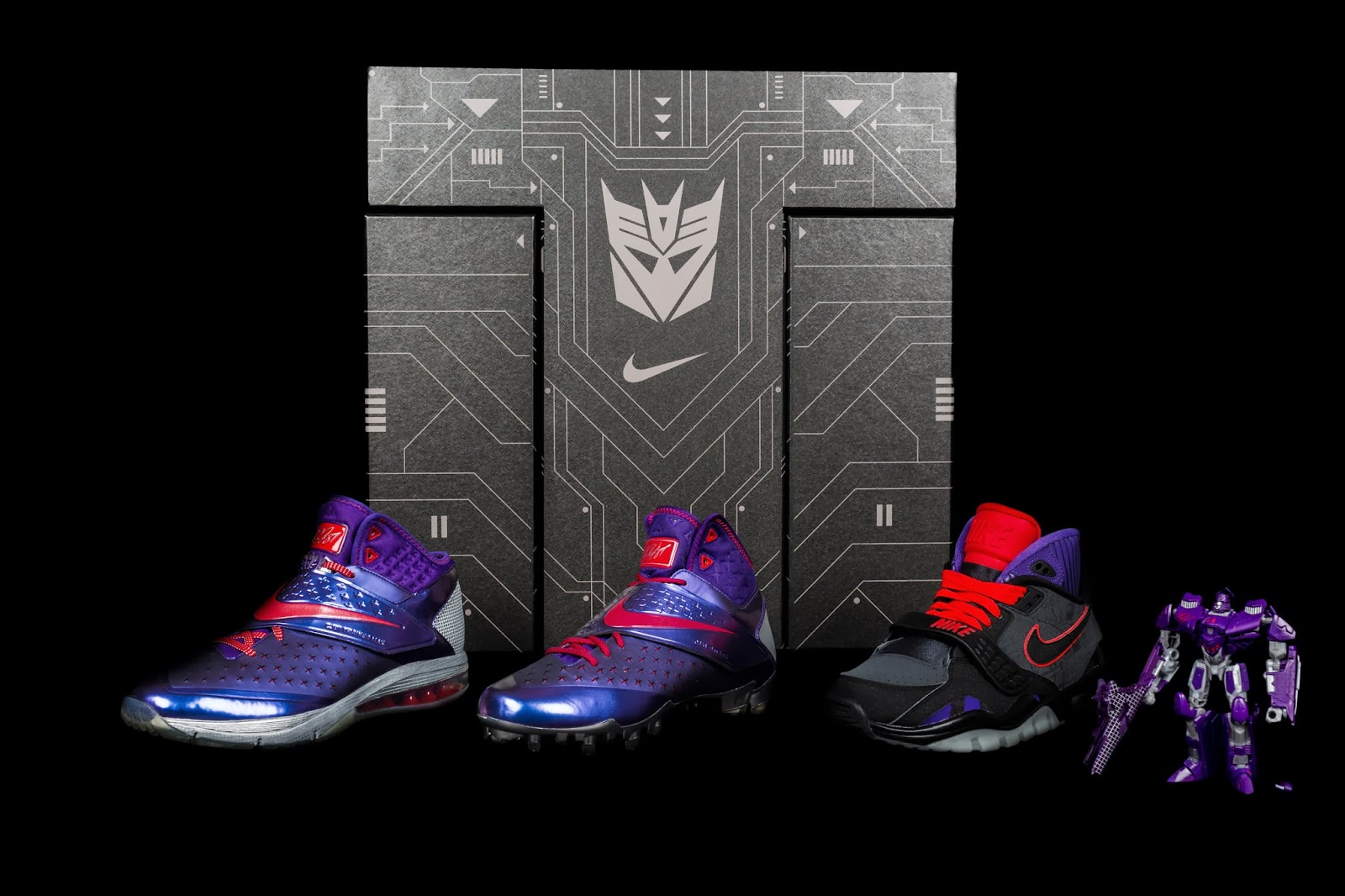 "229475237cb406 Calvin Johnson ""Megatron"" Transformers Sneakers   Action Figure Pack by Nike"