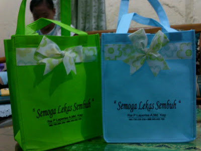 Tas souvenir Untuk Obat