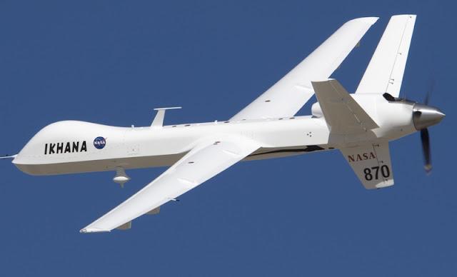 Um drone da NASA Predator B está voando missões sobre incêndios selvagens californianos