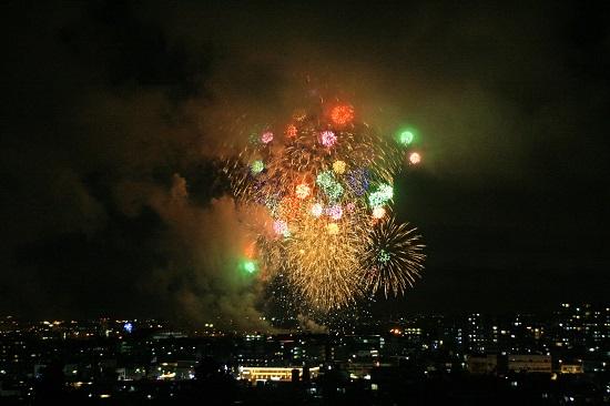 普天間フライトライン・フェア2018 花火の写真