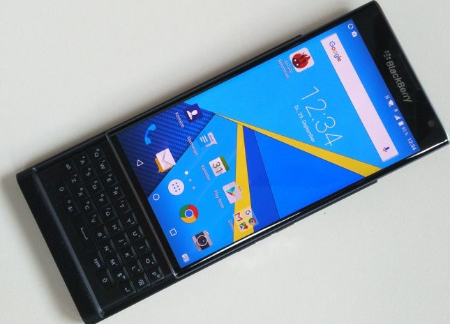 Handphone Blackberry Priv