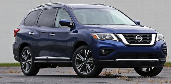 2018 nissan pathfinder platinum. Wonderful Pathfinder The Pathfinderu0027s 284hp V6 Engine Went Through A Detailed Revamping For  2017 That Pushes Little More Toward The Face From Pack On 2018 Nissan Pathfinder Platinum