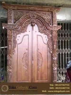 Pintu Gebyok Ukiran