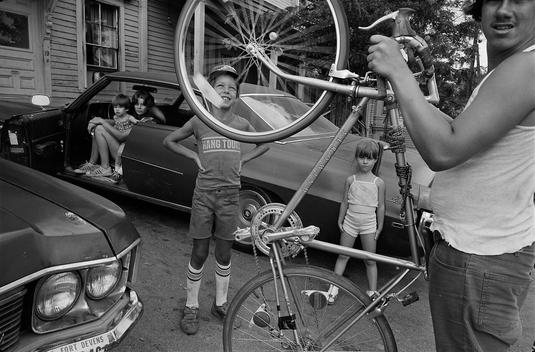 by Sage Sohier - Lowell, MA - 1983 | 80s America documental family community life portrait photos