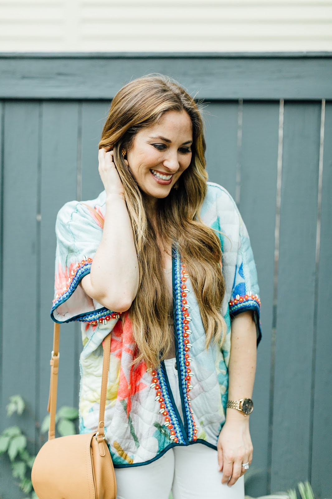 Trend Spin Linkup - The Perfect Kimono Cardigan by fashion blogger Laura of Walking in Memphis in High Heels