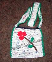 http://www.tejidocrochet.com/2013/07/01/carteritas-para-nenas-en-tejido-crochet/?utm_source=feedburner&utm_medium=feed&utm_campaign=Feed%3A+TejidoCrochet+%28TEJIDO+CROCHET%29